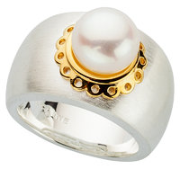 """Alraune Roxette"" Ring Sterling Silver Fresh Water Cultured Pearl"